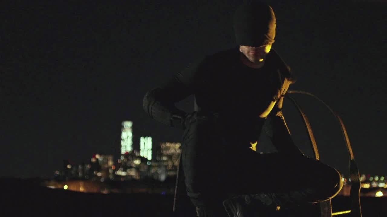 17-1-Black-Costume-Daredevil-Netflix - INSCMagazine