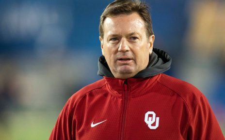 University of Oklahoma Head Coach, Bob Stoops retires