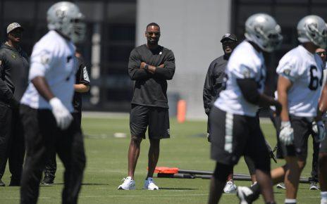 Oakland Raiders coaching invite Calvin Johnson