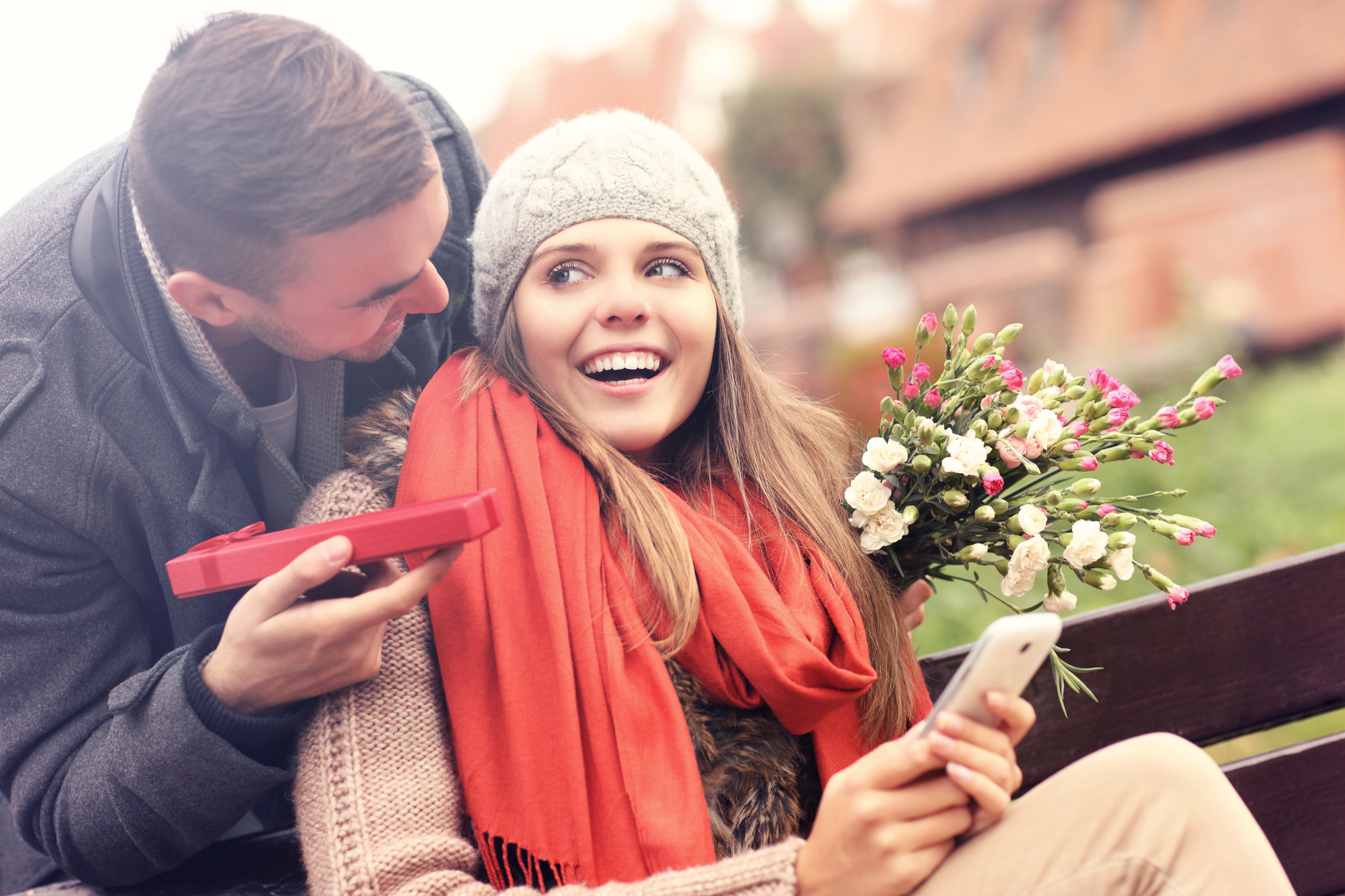 online dating gift subscription In my over 10 years of coaching singles on online dating, virtually nothing  in  your regular membership, sometimes they have a free app version, and   additional features or to send a priority message or virtual gift to a crush.