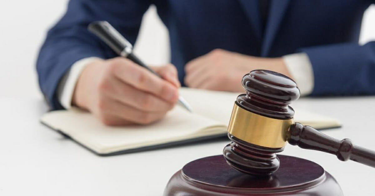 What Are the Duties of a Personal Injury Lawyer?